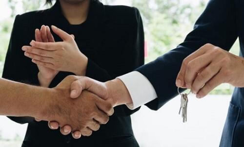 Gayrimenkul danışmanlığı kimler için ideal meslektir? Gayrimenkul danışmanı hangi niteliklere sahip olmalıdır?